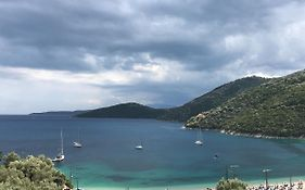 Poros Beach Camping Bungalows