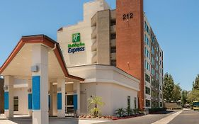 Holiday Inn Express Fullerton Fullerton Ca