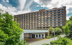 Crowne Plaza Danbury Connecticut