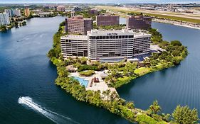 Hilton Hotel Miami International Airport 4*
