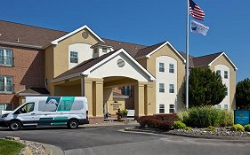 Homewood Suites by Hilton Kansas City Airport