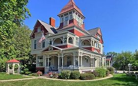 The Grand Victorian Bed And Breakfast Inn Bellaire Mi