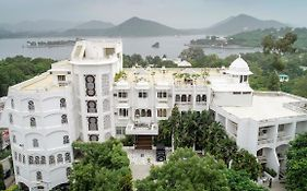 Hilltop Palace Hotel Udaipur