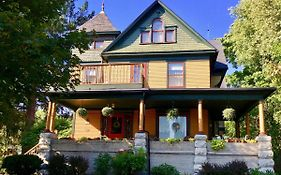 Sturgeon Bay B&b