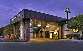 Crowne Plaza Suffern
