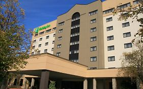 Holiday Inn Springdale Fayetteville Area