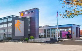 La Quinta Inn & Suites Clifton Nj