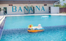 Banana Resort