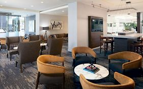 Marriott Courtyard Lax