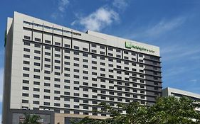 Holiday Inn And Suites Makati