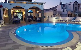 Honeymoon Beach Apartments Perivolos