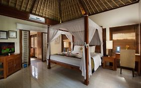 Baliku Beach Front Luxury Private Pool Villas