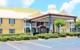 Centerstone Inn And Suites Tuscaloosa