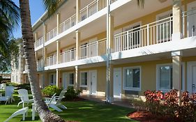 Sunshine Suites Cayman Islands