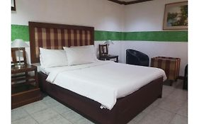 Saltimboca Tourist Inn Bacolod