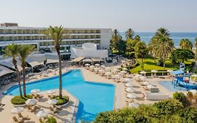 Louis Imperial Beach Hotel 4*