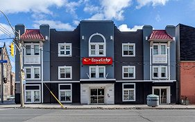 Econo Lodge Toronto Downtown
