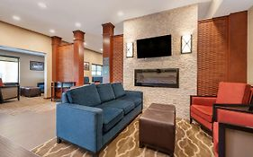 Comfort Suites Brownsburg In 3*
