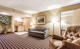 Econo Lodge Inn & Suites Gilbertsville Ky