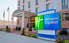 Holiday Inn Express Brooklyn Ny
