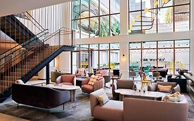 Sf Courtyard Marriott
