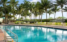 Holiday Inn Oceanfront Miami