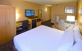 Livinn Hotel Cincinnati North Sharonville