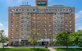 Quality Hotel Montreal East