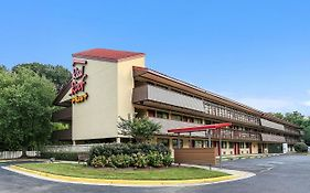 Red Roof Inn Alexandria 2*