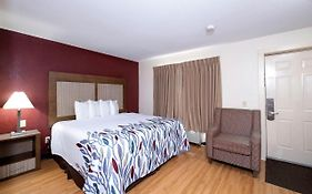 Red Roof Inn  2*