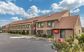 Econo Lodge & Suites Southern Pines Nc