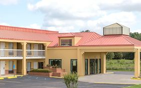 Super 8 Madison/ridgeland Area Hotel
