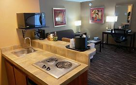 Hotel Tempe Phoenix Airport Innsuites at The Mall