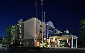 Holiday Inn Express New Berlin Wi
