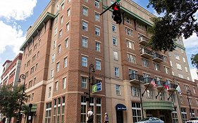 Holiday Inn Express Savannah Historic District Savannah Ga