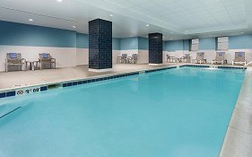 Hampton Inn And Suites Baltimore Inner Harbor 3*