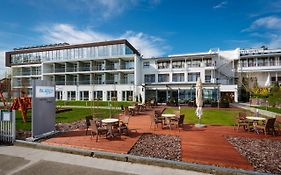Hotel Yacht**** Wellness & Business Siófok