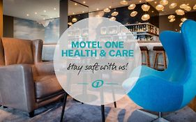 Motel One Frankfurt Airport