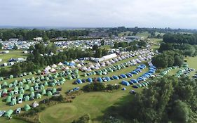 Silverstone Glamping And Pre-Pitched Camping With Intentsgp photos Exterior