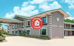Americas Best Value Inn & Suites-Conroe/Shenandoah