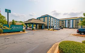 Quality Inn And Suites North Little Rock