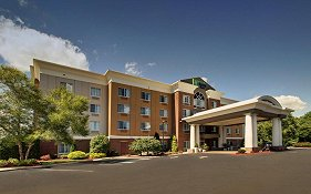 Holiday Inn Express Raynham