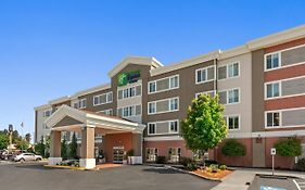 Holiday Inn Express Suites Sumner