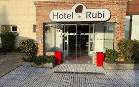 Residencial Rubi Bed And Breakfast Viseu