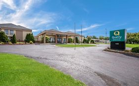 Courtyard Inn And Suites Fort Atkinson Wi