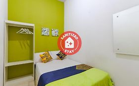 Spot On 2332 D'Green Homestay