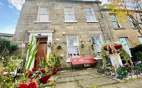 16 Pilrig Guest House Edinburgh