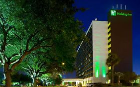 Holiday Inn on Kirby Drive in Houston Tx