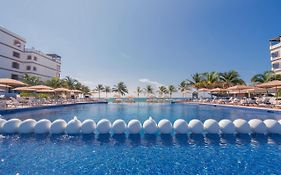 Grand Residences Riviera Cancun All Inclusive