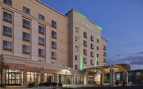 Holiday Inn Suites Denver Airport